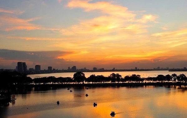 Những căn hộ view hồ Tây hút khách châu Âu ở Hà Nội